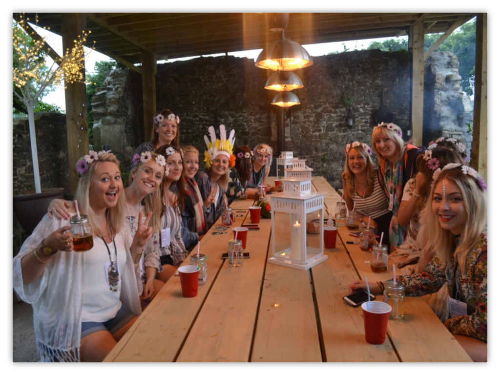 Hen Group Glamping