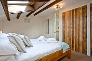 Nobbys Cottage - Double Room