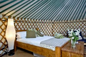 East Thorne Yurts 36